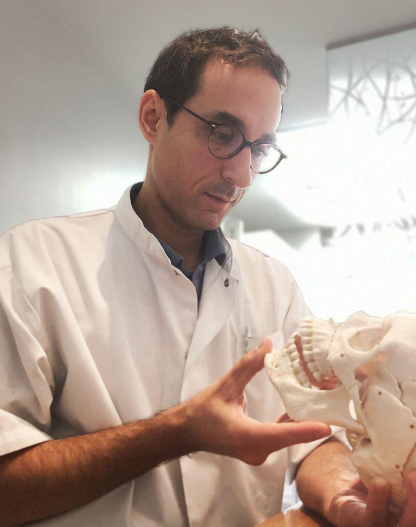 Dr Chardain spécialiste en chirurgie maxillo-faciale Nogent-sur-Marne